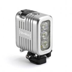 11 240x240 GoPro Magnetic Swivel Clip